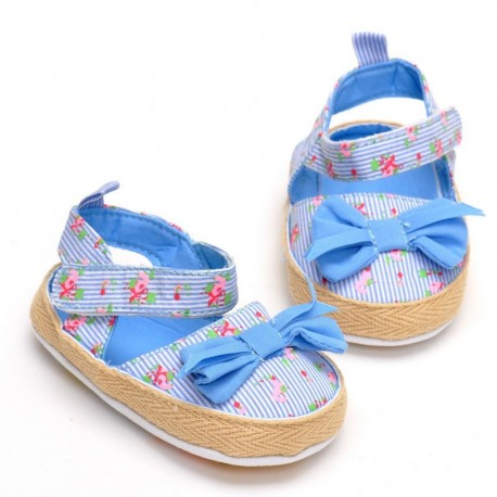 W256 - Blue Floral with Ribbon